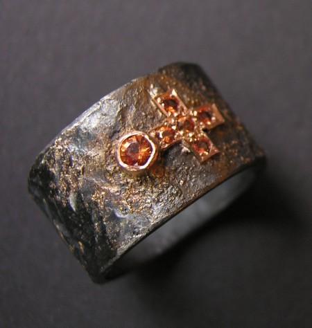 ring, black silver, gold, safir